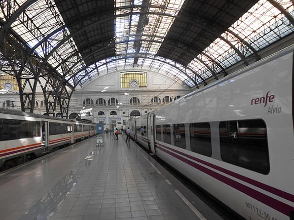 La utilización de los trenes AVE creció en noviembre 2018