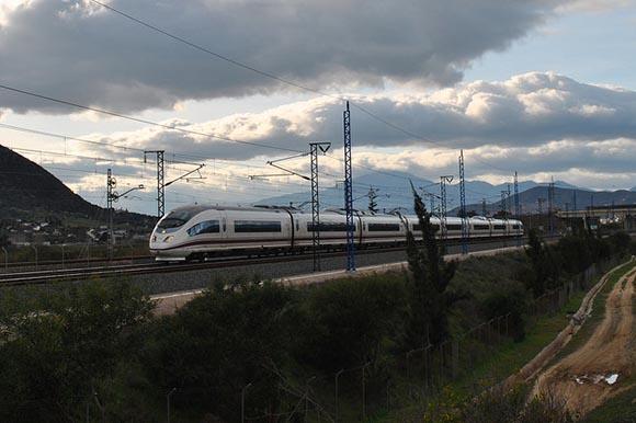 Los trenes AVE Madrid Málaga en 2018 aumentaron sus viajeros