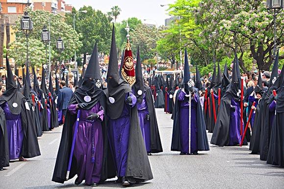 Trenes AVE baratos a la Semana Santa 2019 de Andalucía