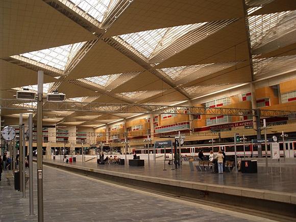 Más usuarios en los AVE Madrid Zaragoza en octubre 2019